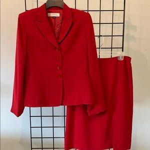 TAHARI Arthur S Levine Red Skirt / Blazer Suit 8